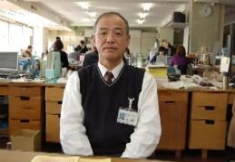 写真:シンポジウムに参加しモデル教材の採用を進めた伊藤副主幹